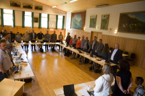 Lindås kommunestyre 22/6-16. Her seier Lindås kommunestyre ja til kommunesamanslåing
