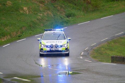 Illustrasjonsfoto. Mannen køyrde 85 km/t over fartsgrensa - og rett forbi politiet som vinka han inn.