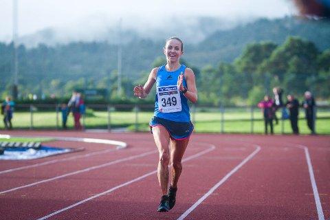 Anita Iversen Lilleskare vart neste beste norske og enda på 38. plass i motbakke-VM. Her frå Knarvik Xtrem.