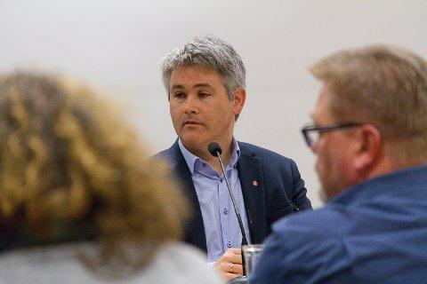 Øyvind Oddekalv, ordførar i Meland beklagar at Lindås sitt vedtak hindra Meland frå å fatte det vedtaket kommunestyret ønskte.