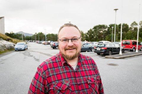 ØNSKER SVAR: Bjarte Vatnøy (Frp) etterspør status på trafikksikringstiltaka for fv. 5474.