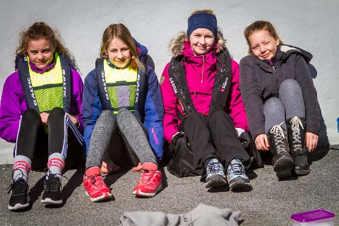 Emilia Mazrimaite, Malin Øksnes, lærar Elisabeth andersen og Thea Søreide meiner alle det har vore ein nyttig dag.