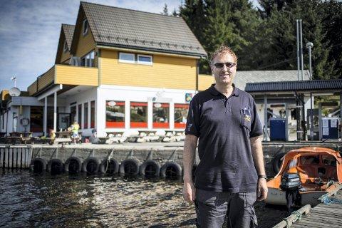 HAR FÅTT SEKS PRIKKAR: Feste Nærkjøp har fått seks prikkar under det nye alkoholreglementet som er i Lindås kommune.