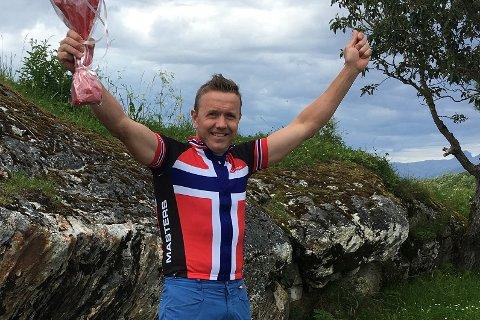 Arvid Johannsen vart norgesmeister i landevegssykling i aldersklassen 45-49 år.