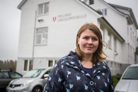 NY JOBB: Hilde Brendehaug Hugaas har vore rektor på Meland ungdomsskule i seks år. No går ho inn i ny jobb.