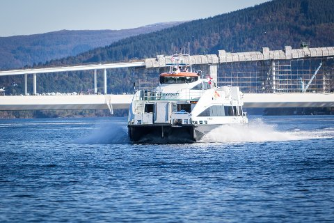 Prisane på snøggbåten stig med 2,5 prosent frå 1. februar.