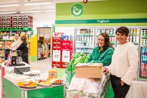 Eigarane Cecilie Skorpen Guldbrandsøy og Torhill Larsen inviterte til feiring av butikken sin 15-årsdag.