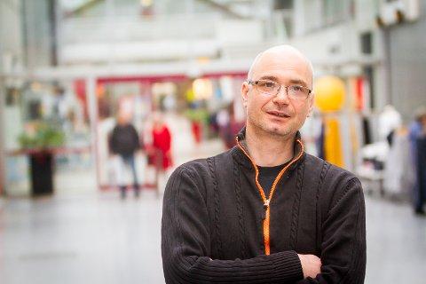 NØGD: Jimmy Pasali er godt nøgd med at Høgsterett har gjort om på vurderingane til både Bergen Tingrett og Gulating Lagmannsrett.