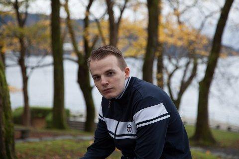 """FINALEKLAR: Rapparen Kald Flamme er klar for finalen i NRK P3 si årlege """"Urørt""""-konkurranse"""
