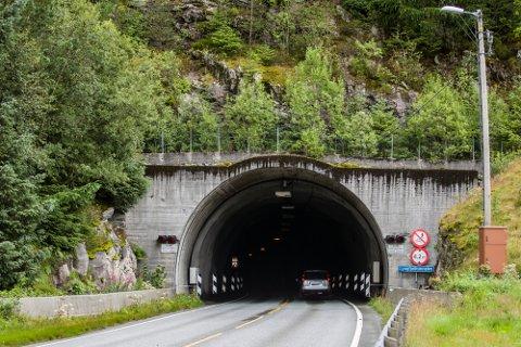 Det er omfattande arbeid som skal gjerast i Lyngfjelltunnelen, og fylkesveg 398 vil bli nytta som omkøyringsveg i arbeidsperioden.
