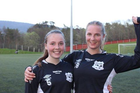 Målscorarane etter kampen mot Fyllingsdalen 2, Ingrid Elizabeth Menzies (t.v.) og Marte Larsen.