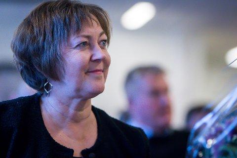 Lindås-ordførar Astrid Aarhus Byrknes møter staten til forhandlingar på onsdag. Det kan verta spanande. – Me veit ikkje kva me skal forhandla om og me veit ikkje kva som er i potten, seier ho.