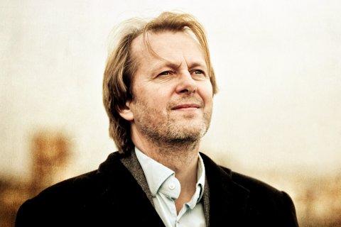 Lars Lillo-Stenberg blir tildelt Medaasprisen 2018.