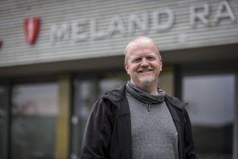 Stian Lavik (KrF) seier kommunen har fått inn mange gode søknadar til koronafondet.