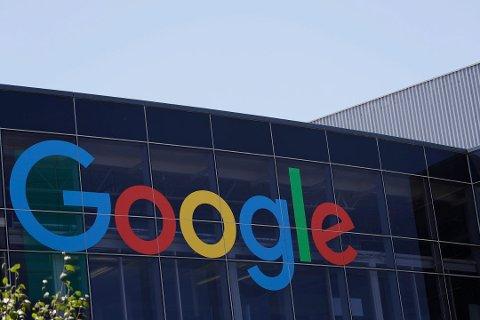 Google sporar dine bevegelsar og lagra posisjonsdata sjølv når du har skrudd av posisjonsloggen på din einhet, ifølge AP. Foto: Marcio Jose Sanchez, AP/NTB scanpix