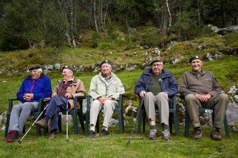 Frå venstre: Ivar Kristoffersen, Stein Ottersen, Nils Christian Eknes, Halvard Fosse og Sverre Nikolai Sivertsen var alle med på dramatikken i Matrefjella mot slutten av andre verdskrig.