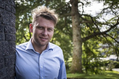 Øystein Sørhaug har slutta i jobben som næringssjef i Lindås kommune. No er søkarlista klar over kven som vil ha stillinga hans.