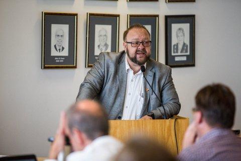 Lokalpolitikar Morten Klementsen er ein av fire som står bak meldinga.