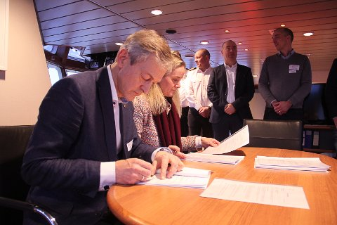 Signering kontrakt Equinor base torsdag 9. januar / Rem Eir