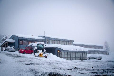 Dyrkolbotn Fjellstove har fått 100.000 i koronastønad frå kommunen. No håpar dei å overleve til gjestane kjem tilbake.