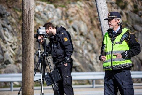 Arkivfoto frå 2019 då UP heldt fartskontroll i Knarvik.