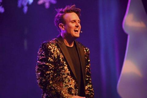 """Kevin Vågenes hadde stor suksess med «Julegøy» på Ole Bull Scene. I november kan ein sjå Vågenes på scena i """"Julegøy 2"""" FOTO: OLE KRISTIAN OLSEN/OLE BULL SCENE"""
