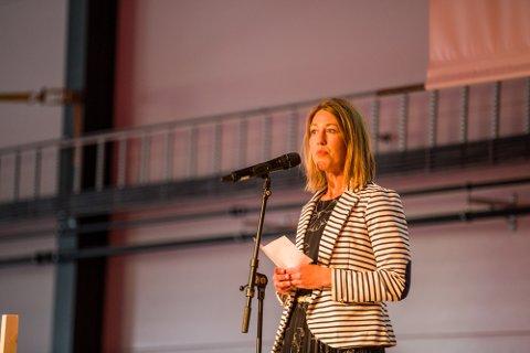 Nærings- og utviklingssjef Tanja Hoel i Alver kommune med ei helsing til NWP på opningsdagen.