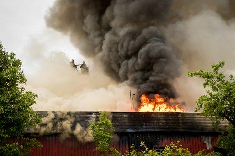 Brann industribygg Flatøy.