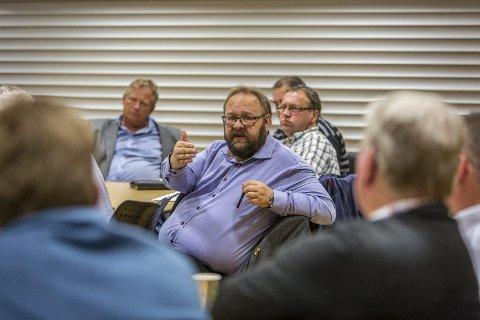 Morten Klementsen ber alle beilarar venta til etter valet med å ta kontakt.