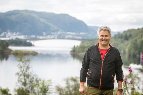 Øyvind Oddekalv (Ap) er tidlegare ordførar i gamle Meland kommune. I dag er han varaordførar i Alver kommune.