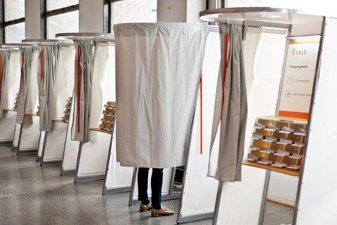 Allereie no kan du stemme til kommunestyre- og fylkestingvalet.