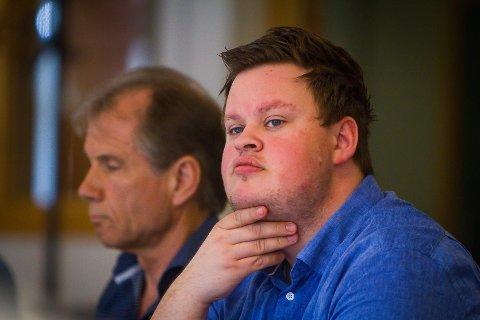 Thomas Larsen presenterte budsjettframlegget til samarbeidspartia og FrP under formannskapsmøtet denne veka.