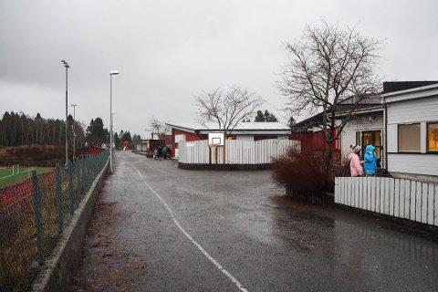 Berre éin person har søkt på stillinga som rektor ved Lindås barneskule.