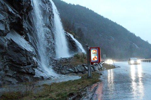 FLAUM: Ein risikerer flaumstore elvar frå Hordaland og opp til sør for Sognefjorden onsdag ettermiddag og kveld.