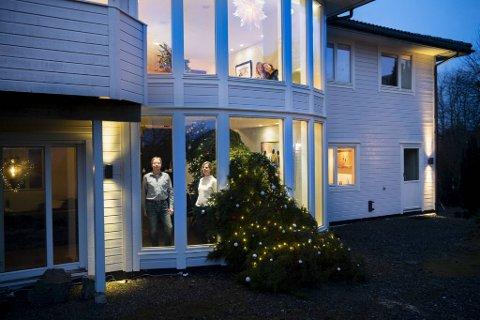 Jan-Henrik Joys og familien har etter hvert blitt en gjenganger i BAs julespalter med sine litt spesielle juletrær.