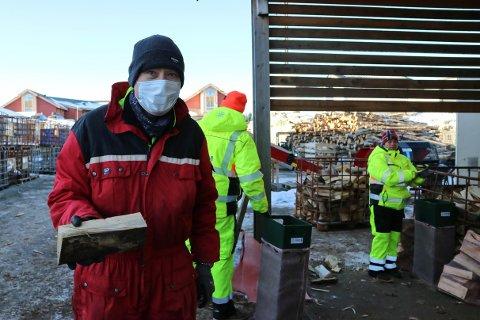 FELLES PROSJEKT: Gløde, Aufera og Knarvik Industri og Miljø håpar at nettbutikken kan hjelpe bedriftene i ei vanskeleg tid. Bildet er frå Knarvik Industri og Miljø.