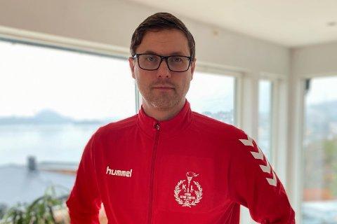 KRITISK: Arne Ramslien er kritisk til regjeringa sine reglar for idretten for barn og unge.