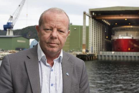 URO: Jan Olav Gjerde er klubbleiar ved Havyards verft i Leirvik. Han fortel om ei uro blant dei tilsette.