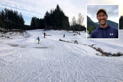MELAND GOLF: Håvard Blom ser eit stort potensial i golfbana på Meland. No samlar han inn pengar for å lage til preparert skiløype.