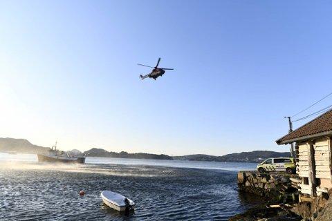 Fredag kveld vart det søkt med både båtar og helikopter i Salhusfjorden.