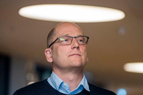 Steffen Handal (Unio) under opningsmøtet mellom partane i årets lønnsoppgjer i kommunesektoren onsdag. Foto: Terje Pedersen