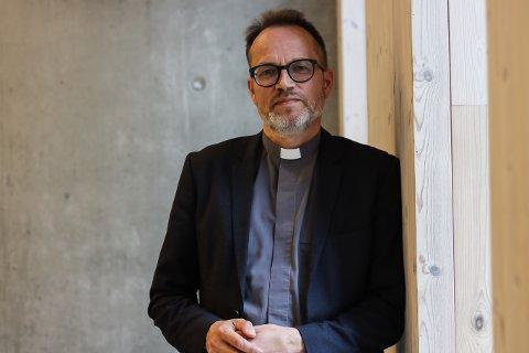 Prosten Helge Taranrød håpar dei homofile vil vere meir til stades i kyrkja i Nordhordland.