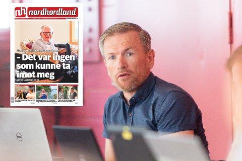 Rådmann i Alver kommune, Ørjan Raknes Forthun, beklagar for situasjonen som Olav Martinsen (96) hamna i etter at heimen hans vart utsett for brann.