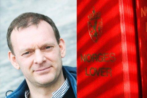 Advokat Torkel Johnsen driver egen advokat-praksis i Bodø. Jobber særlig innenfor eiendom-, arv- og familierett.