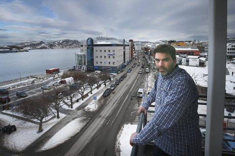 - Vi er alle enige om at vi skal bruke tvang så lite som mulig, helt til det kommer historier som denne, sier Jon Tomas Finnsson, seksjonsleder for psykisk helse og rus i Helse Nord.  Foto: Tom Melby
