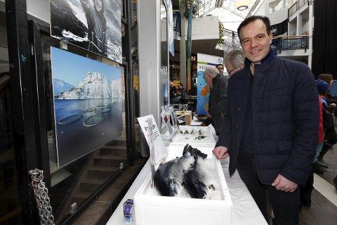 Fylkesrådsleder Thomas Norvoll mener opphevingen av restriksjonene er viktig for sjømatbedriftene i Nordland.