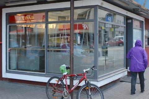 I dag holder Kebab House til i denne delen av drosjebua. De har nå startet jakten på et nytt tilholdssted for virksomheten.
