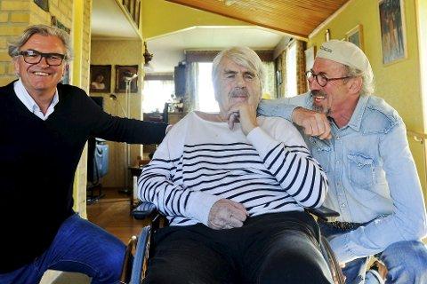 1 Motegründere: Tom Michalsen, Hans Mentzoni og Leif Østensen gjorde Bodø til en moteby på 60-tallet med etablering av motebutikken Prinsen. 2 salgssjefer: Sissel Bjerke Nordvik (t.v.) og Sølvi Heitmann var salgssjef på henholdsvis, Zucci og Vic, og hadde stor innflytelse på damemoten i byen. 3 1990: Fortsatt var Bodø en moteby. Lisa Didriksen var motell for Bananas på et moteshow det året. Vide bukser, skulderputer og høy panneluggvar in.  4 Omveltning: Prinsen startet i Sandgata 3 i 1964 og endret ungdomskulturen i Bodø. 5 på vei til kino: Tom Michalsen, Leif Østensen og Liv Johannessen i klær inspirert av filmen Bonnie and Clyde, som ble vist i Bodø i 1968.