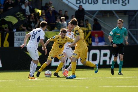 Henrik Furebotn i kampen mellom Bodø/Glimt og Aalesund på Aspmyra Stadion. Foto: Mats Torbergsen / NTB scanpix
