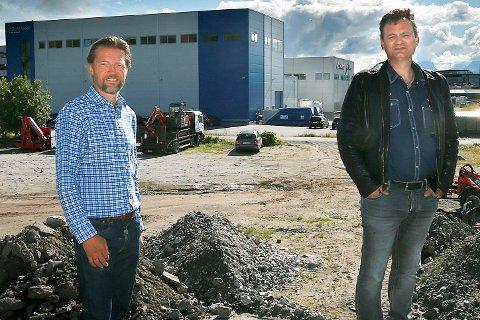 Klippfiskproduksjon skal bygges på Rønvikleira i Bodø.Sigurd Peter Rydland og Per Ståle Lundbakk